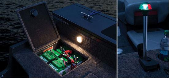 Ходовые и стояночные огни, а так же отсек для аккумаляторных батарей