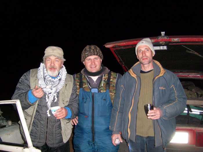 Слева направо: Костер, Нияз, Игорь_16